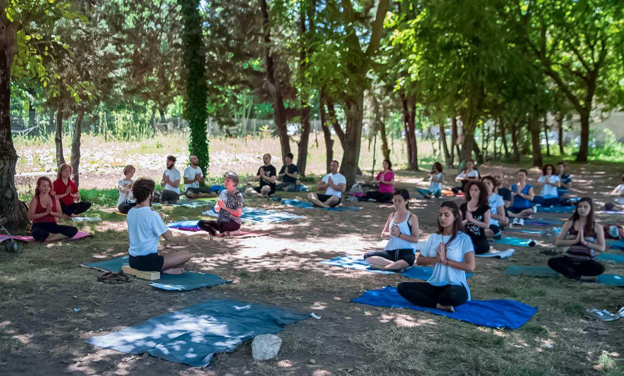 yoga studio aversa - testata tre